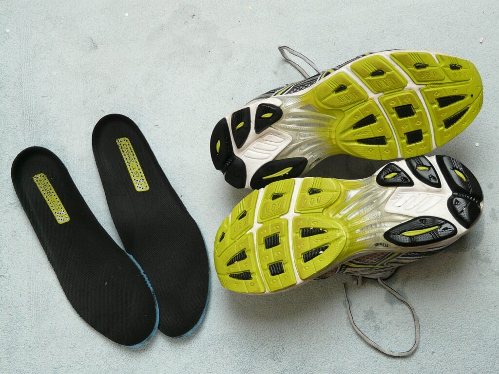 basketball shoes for outdoor playing